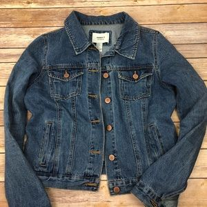 Forever 21 Denim Jacket, size small. EUC.  T14